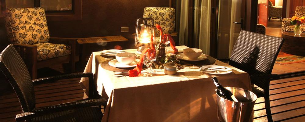 Honeymoon Table Setting